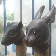 Le rat et le lapin chinois de la collection Yves saint Laurent.Bronze, 2013.