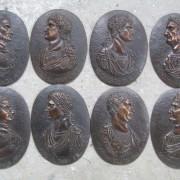Modelage série de 8 médaillons Empereurs romains bronze Italie 19ème 17/25cm.2016.
